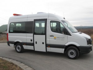 VW Crafter Follow Me Car01